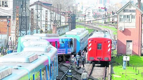 Tras el accidente, la línea prestó un servicio corto entre Moreno y Haedo, por lo que se registraron serias demoras desde y hacia el oeste del Conurbano.